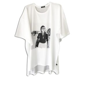 240.09 14u clothes accessories hellenic greek brand fashion spring summer oversized white t-shirt one size jackie onassis kennedy print vintage handmade with afthentic swarovski crystals (4)