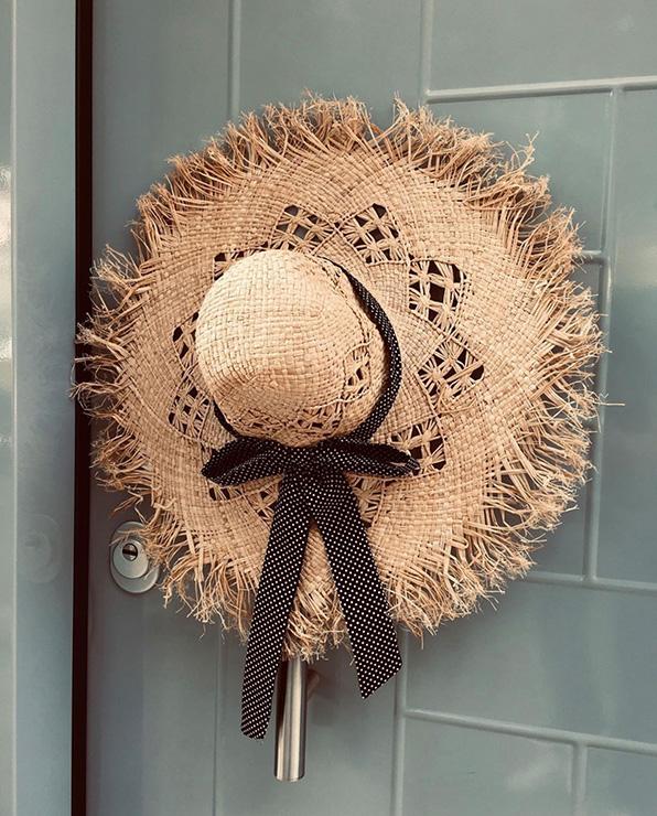 14u Ελληνική Εταιρεία Ρούχων και αξεσουάρ καθημερινό ποιοτικό ψάθινο ηλιόλουστο αρτ μοναδικό υπέροχο καπέλο (2)