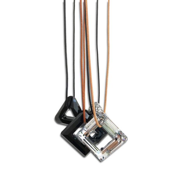 N28E99C 14U ελληνική εταιρεία ρούχων αξεσουάρ Δερμάτινο Κολιέ με Συλλεκτικό Κρύσταλλο Swarovski®