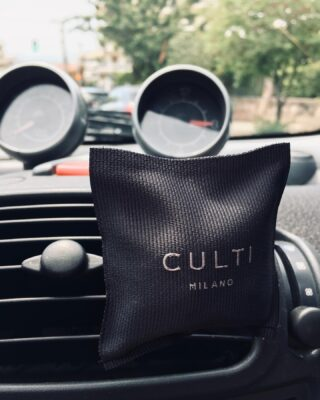 Culti Car Sachet ARAMARA. Luxury touch in your car. Available at 1.4.U stores or www.14u.gr. 🏎  #culti #cultimilano #car #carperfume #perfume #caraccessories