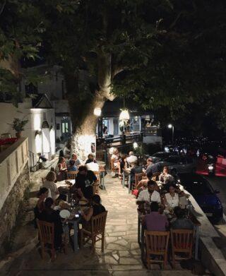 Summer nights. 🌖  #summer #greece #tinos #14UgoestoTinos #night #life