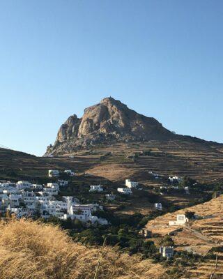 Greece. 📯  #greece #summeringreece #14UgoestoTinos #tinos #holiday #holidays #nature #island #summer #greeksummer #postcard