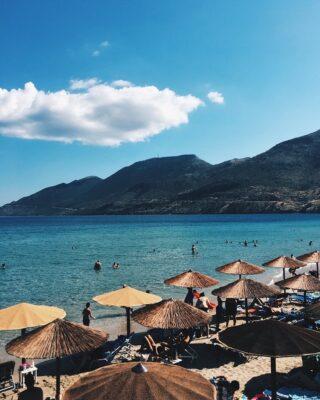 Weekend mood. ⛱  #weekend #summer #greece #beach #blue #summeringreece