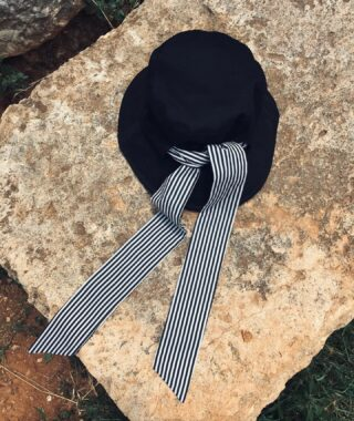 With Cote D'Azur Bucket Hat you can say who you are without having to speak. 📓